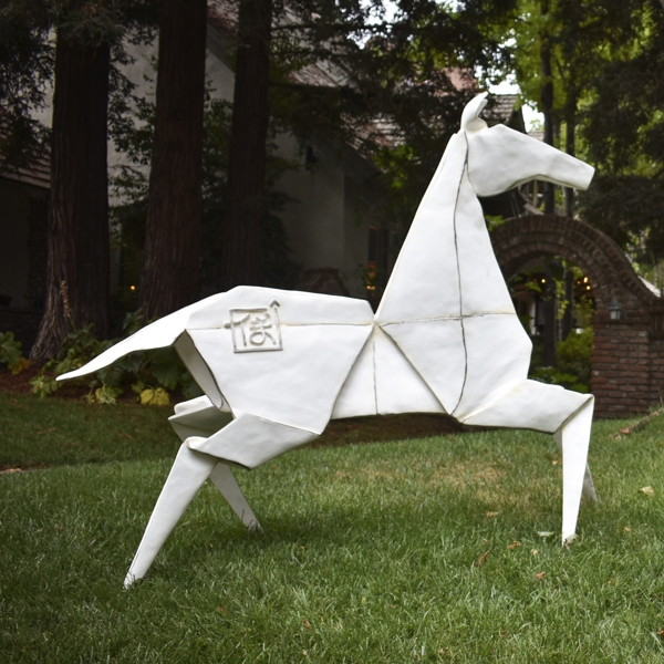 Pony (Monument) White 2/3 - Collaboration with Te Jui Fu